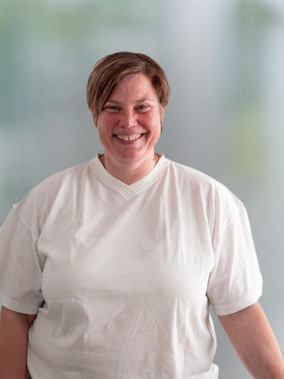 Dr. Nadine Ziegler