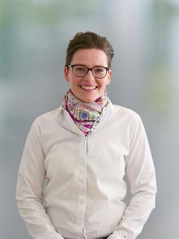 Dr. Nicole Mäusl-Schiller